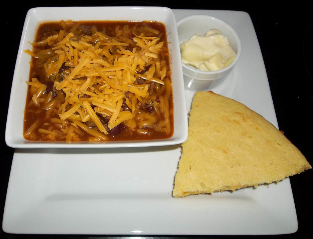chili bens and cornbread