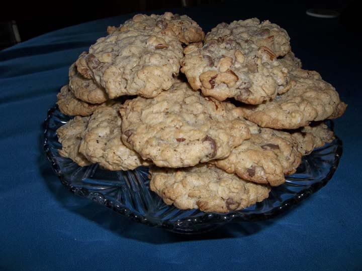 oatmeal pecan chip cookies